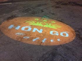Đèn chiếu LOGO Coffee Hồn Gỗ